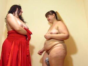 Promenite odeću debela devojka, Umetanje telefon u pici, zabavite;)