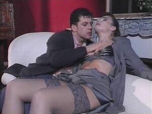 Винтаге секс са елегантном длакавом женом у доњем вешу
