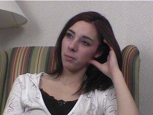 Seksi brineta nervozan i gola sa analni Dildo u Cedar Rapidsu Ajove Hotel