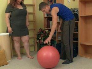 Slatka punija pizde fitnes instruktor